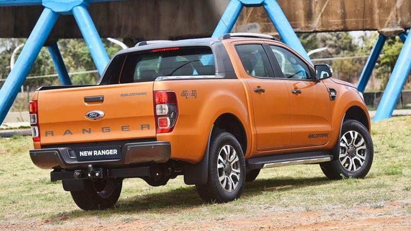 Ford-Ranger-2016-tuvanmuaxe-vn-1267