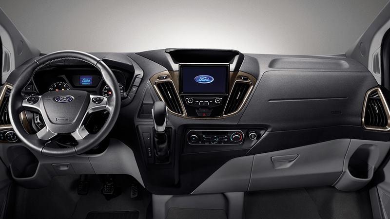 Thông số kỹ thuật và trang bị xe 7 chỗ Ford Tourneo 2019 tại Việt Nam - Ảnh 3