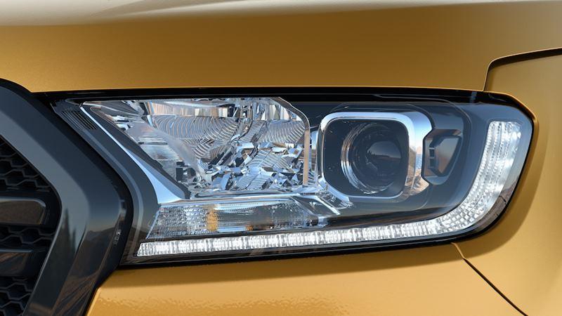 Giá xe Ford Ranger 2020 mới nâng cấp tại Việt Nam từ 616 triệu đồng - Ảnh 2