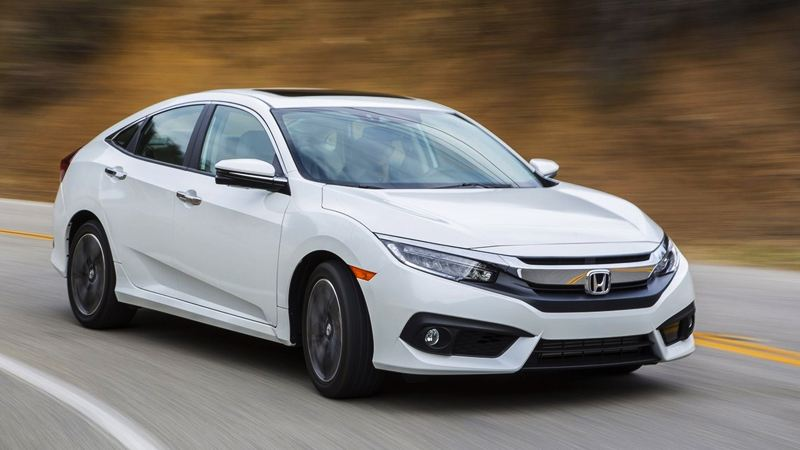 Lý do tại sao Honda Civic Type R có ba ống pô ?