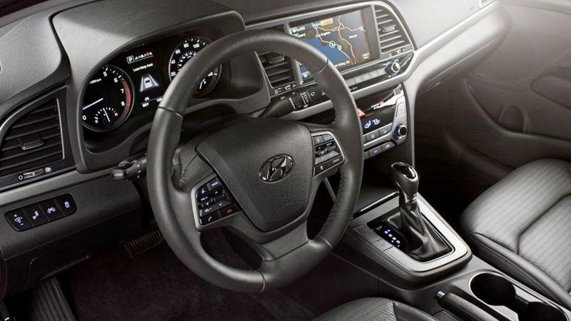 Đánh giá Hyundai Elantra 2016 phiên bản 2.0AT - Ảnh 7
