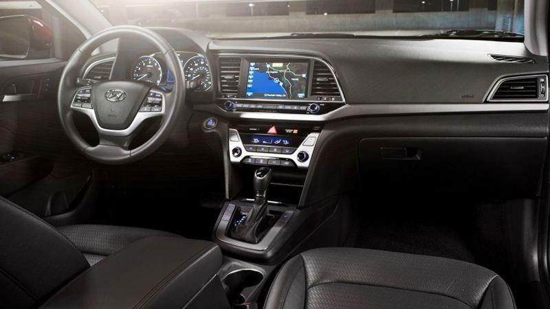 Đánh giá Hyundai Elantra 2016 phiên bản 2.0AT - Ảnh 4