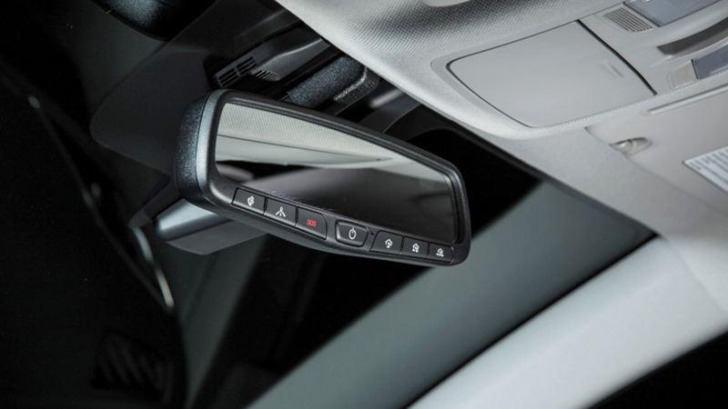 Đánh giá Hyundai Elantra 2016 phiên bản 2.0AT - Ảnh 9