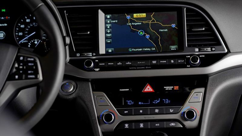 Đánh giá Hyundai Elantra 2016 phiên bản 2.0AT - Ảnh 8