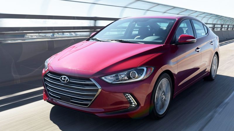 Đánh giá Hyundai Elantra 2016 phiên bản 2.0AT - Ảnh 2