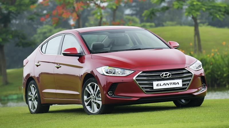 So sánh Huyndai Elantra và Mazda3 Sedan: Chọn xe Hàn hay xe Nhật - Hình 2