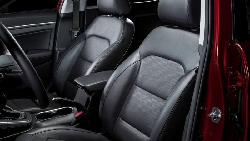 Đánh giá Hyundai Elantra 2016 phiên bản 2.0AT - Ảnh 5