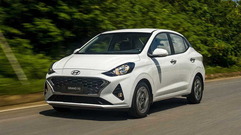 So sánh giá xe Hyundai Grand i10 Sedan 2021 với Vios, Soluto, Attrage - Ảnh 1