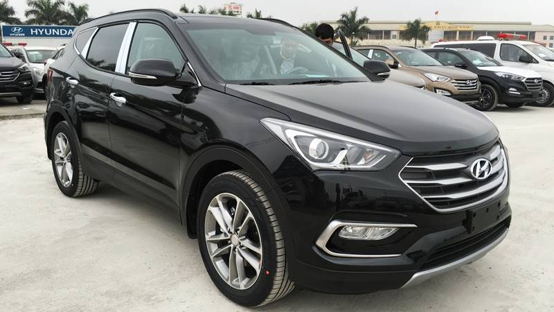 Top 10 xe bán chạy nhất Hàn Quốc tháng 8: Hyundai Santa Fe tiếp tục gây bão - Hình 1