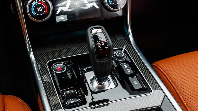 Chi tiết xe Jaguar XE 2020 mới nâng cấp - Ảnh 8