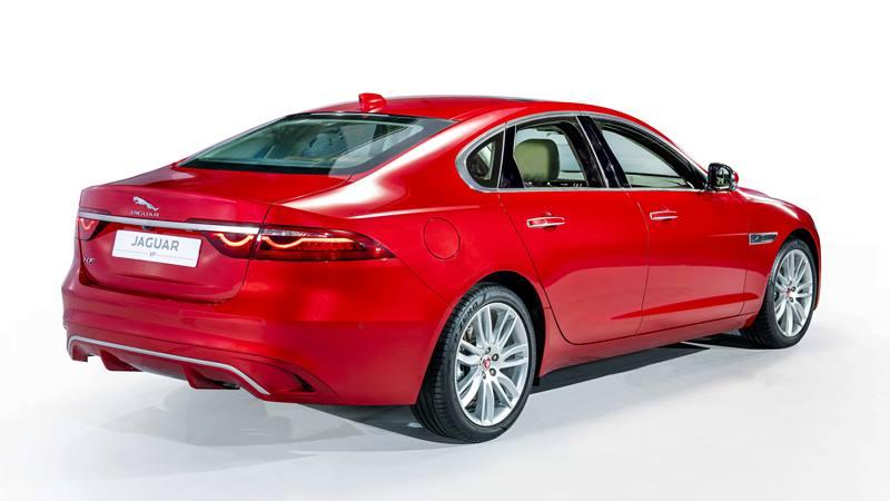 Giá bán xe Jaguar XF 2021 tại Việt Nam từ 3,1 tỷ đồng - Ảnh 3