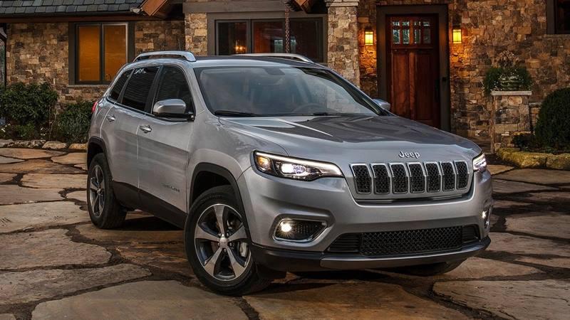 Jeep Cherokee 2021 có giá bán 1,8-2 tỷ đồng tại Việt Nam - Ảnh 1