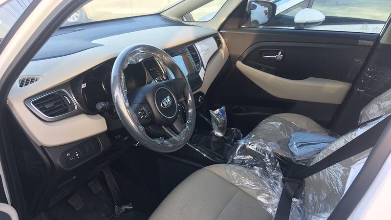 Chi tiết xe 7 chỗ Kia Rondo 2018 phiên bản GMT số sàn giá mềm - Ảnh 6