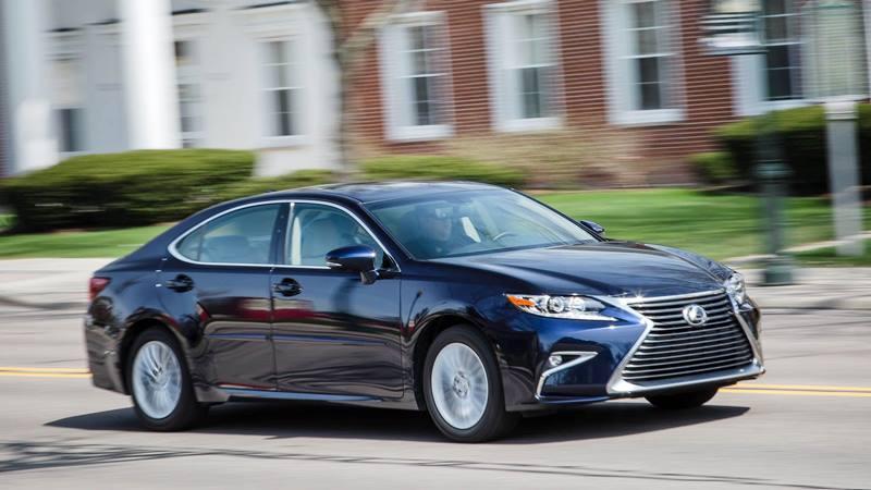 Đánh giá xe Lexus ES 2018 - Hình 1