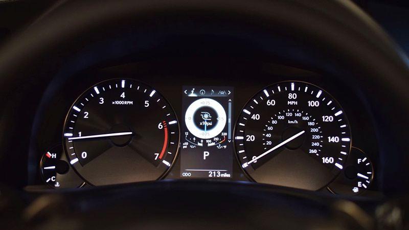 Lexus-GS-2016-tuvanmuaxe-vn-56