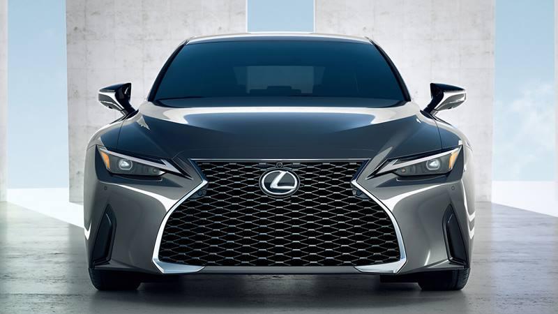 Giá bán xe Lexus IS 2021 tại Việt Nam từ 2,13 tỷ đồng - Ảnh 2