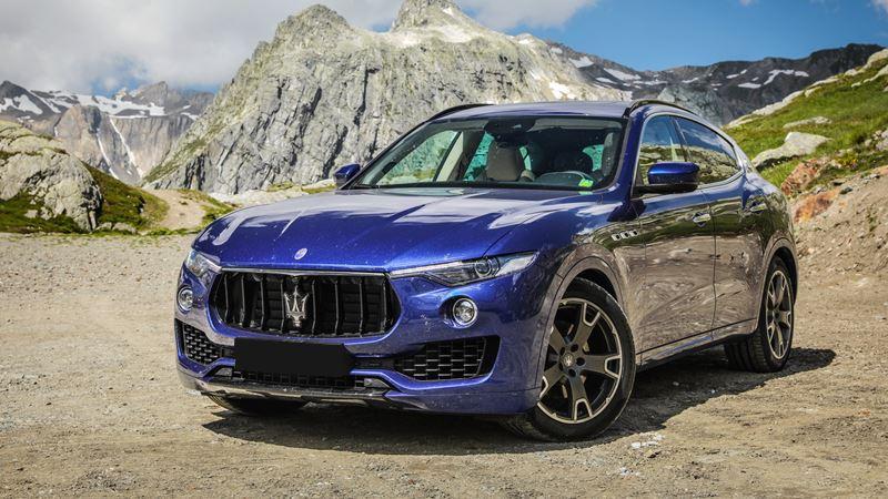 Giá xe Maserati Levante 2018 - Hình 1