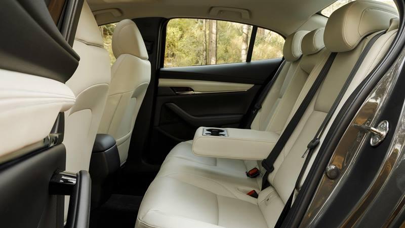 Những tính năng mới giúp Mazda 3 2020 cạnh tranh với Honda Civic - Ảnh 6