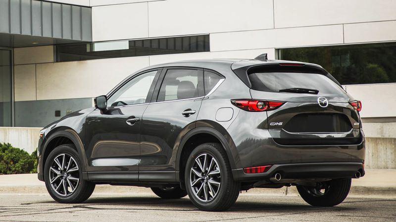 So sánh xe Mazda CX-5 2018 và Honda CR-V 2018 bản cao cấp - Ảnh 8