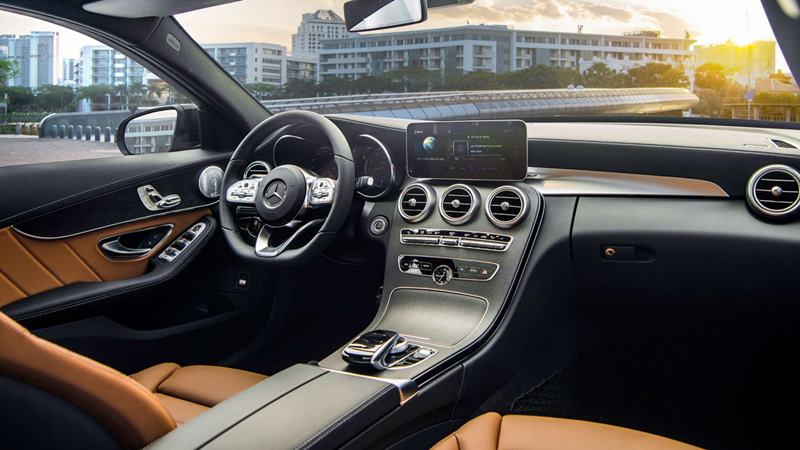 So sánh Audi A4, BMW 3-Series, Mercedes C-Class, Volvo S60 2021 - Ảnh 10
