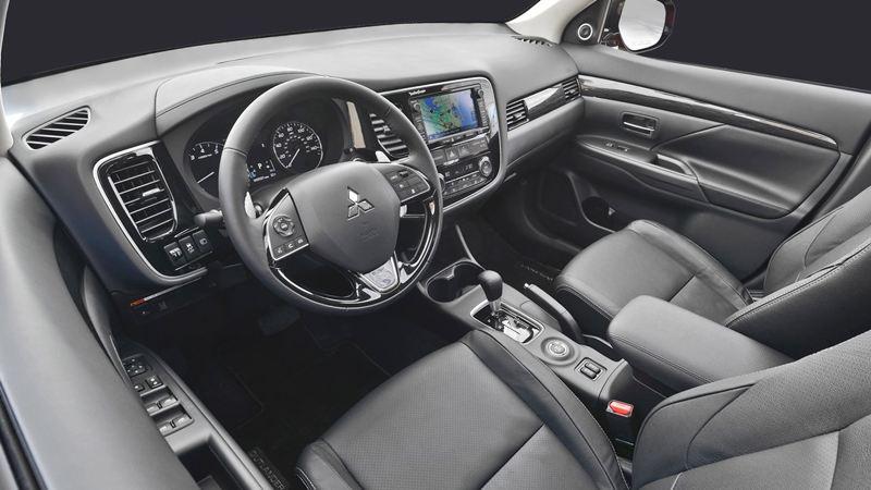 Mitsubishi-Outlander-2016-1280-25