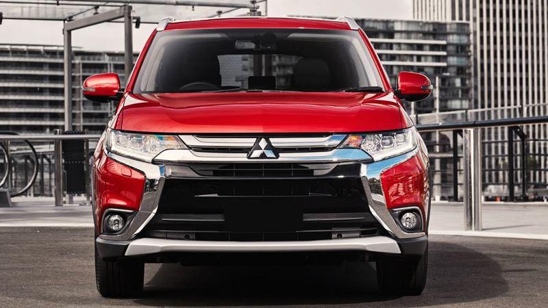 So sánh xe Mitsubishi Outlander và Honda CR-V 2018 bản 7 chỗ - Ảnh 2