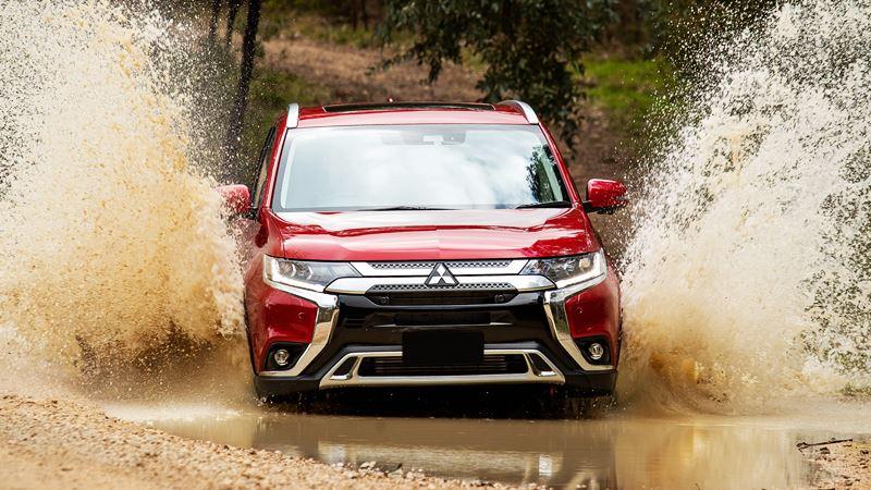 Mitsubishi Outlander 2020 mới nâng cấp thiết kế và trang bị - Ảnh 1