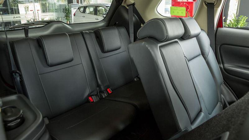 Thông số kỹ thuật và trang bị xe Mitsubishi Outlander 2020 tại Việt Nam - Ảnh 7