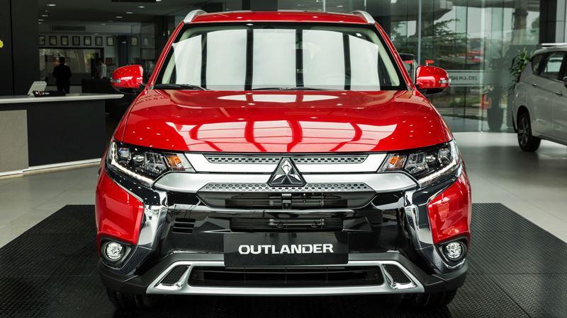 Thông số kỹ thuật và trang bị xe Mitsubishi Outlander 2020 tại Việt Nam - Ảnh 2