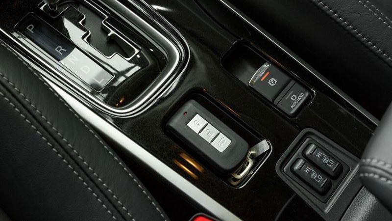 Những điểm thay đổi mới trên Mitsubishi Outlander 2020 tại Việt Nam - Ảnh 10