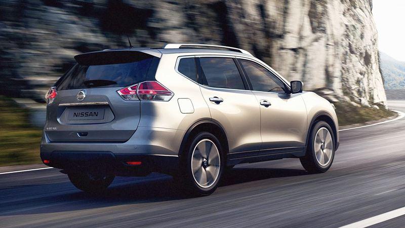 Nissan X-Trail 2016-2017 bản cao cấp 2.5 SV 4WD có gì? - Ảnh 2