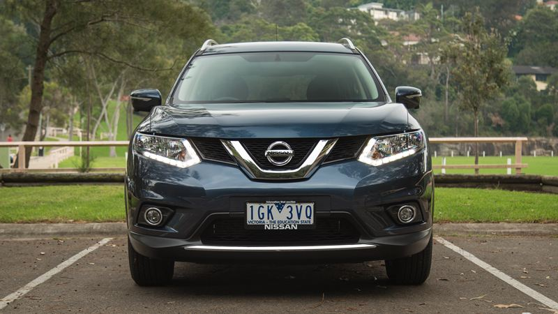 Nissan-X-Trail-2016-tuvanmuaxe.vn-3