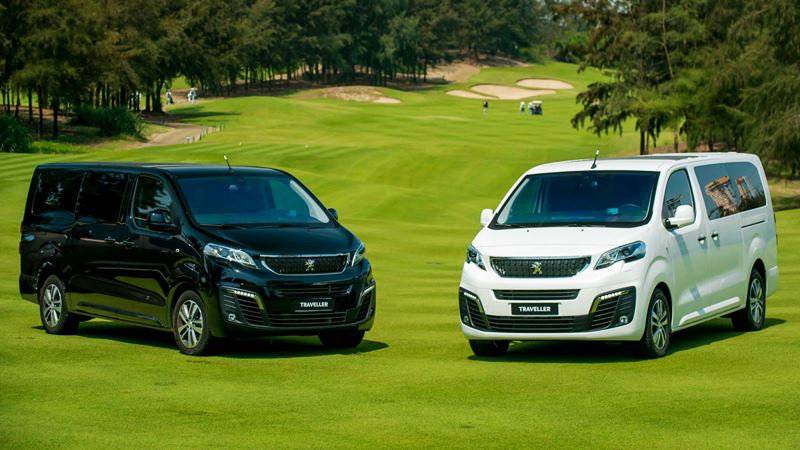 Xe du lịch cao cấp Peugeot Traveller có giá 1,7 tỷ đồng tại Việt Nam - Ảnh 1