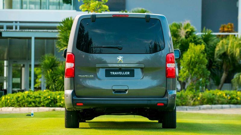 So sánh khác biệt giữa Peugeot Traveller bản 7 chỗ và 4+2 chỗ ngồi - Ảnh 3