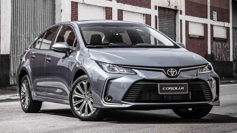 Chi tiết trang bị trên xe Toyota Corolla Altis 2020 phiên bản 1.8L - Ảnh 2