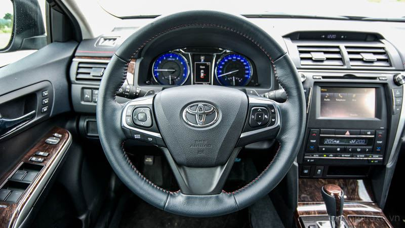 Toyota-Camry-2016-tuvanmuaxe_vn-2-2