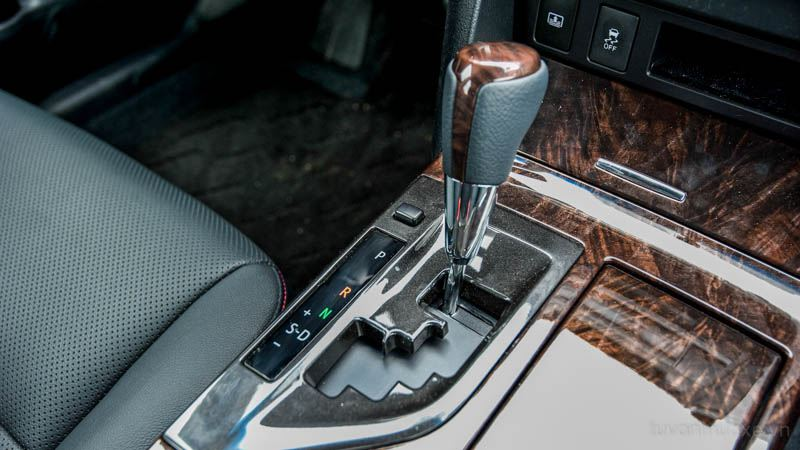 Toyota-Camry-2016-tuvanmuaxe_vn-2-3