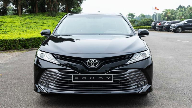 Toyota-Camry-2019-cao-cap-tuvanmuaxe-3