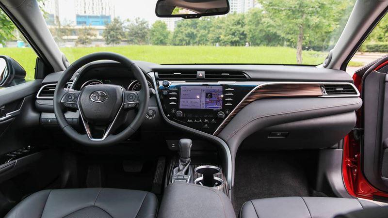 Giá xe Toyota Camry 2019 tại Việt Nam từ 1,029 tỷ đồng - Ảnh 5