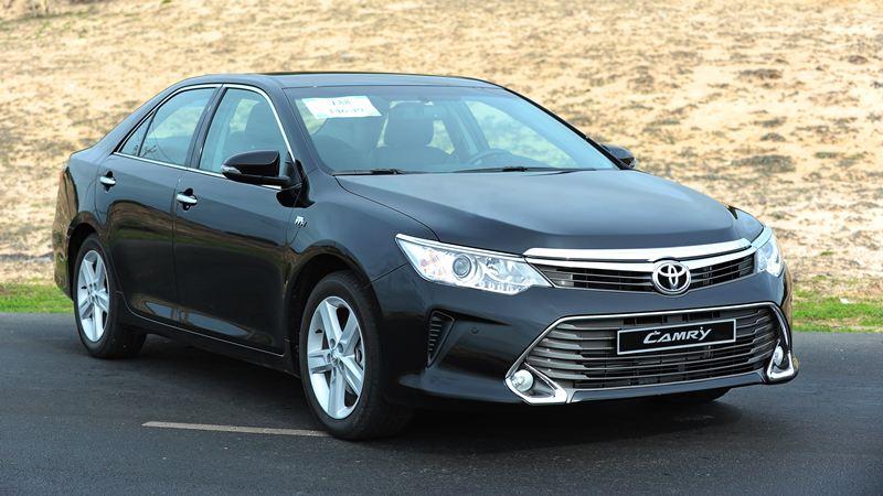 Toyota-Camry-25Q-2016-tuvanmuaxe-7