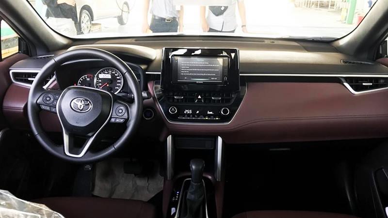 So sánh xe Hyundai Kona và Toyota Corolla Cross mới - Ảnh 9