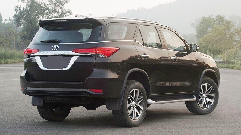 Chi tiết xe máy xăng 2 cầu Toyota Fortuner 2.7AT 4x4 2019 - Ảnh 3