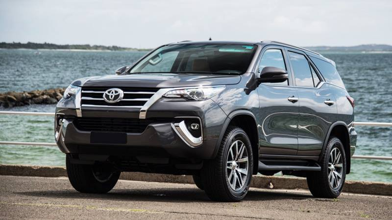 Toyota Fortuner tiếp tục không có đối thủ trong phân khúc SUV 7 chỗ - Hình 1