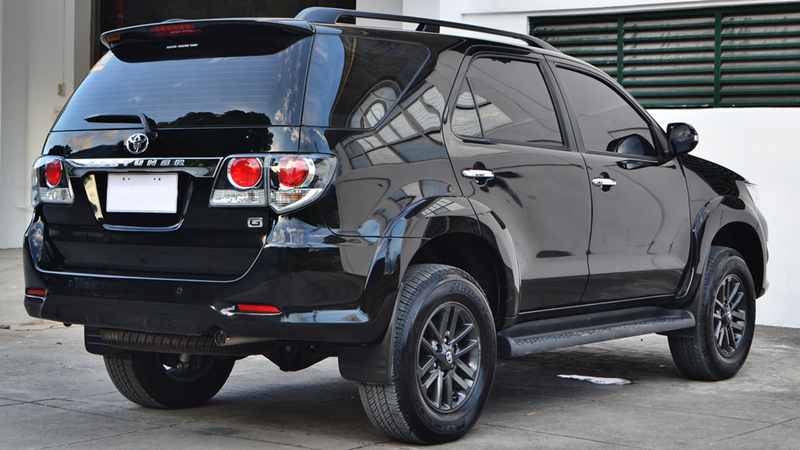 Toyota-Fortuner-tuvanmuaxe-vn-31