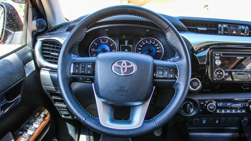 Toyota-Hilux-2016-tuvanmuaxe_vn-2019