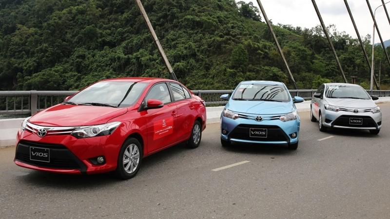 Bảng giá bán các dòng xe Toyota tại Việt Nam cập nhật 1/7/2016 - Ảnh 1