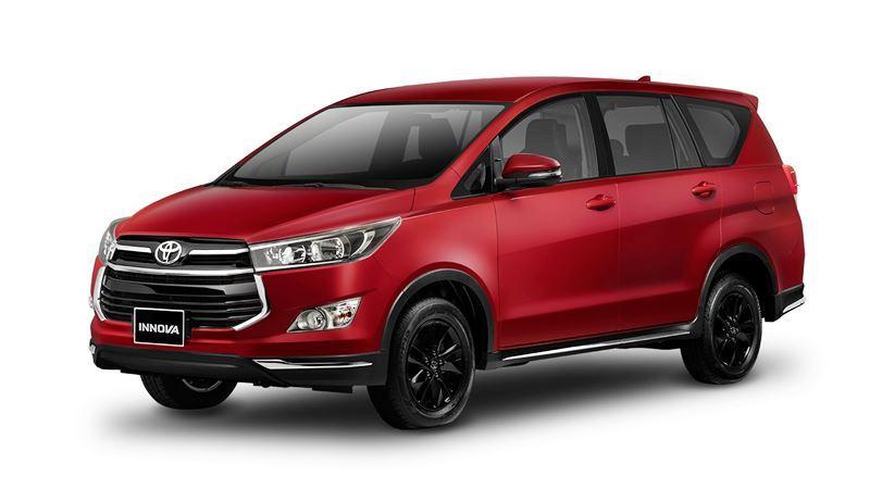Chi tiết Toyota Innova Venturer 2018 có giá bán 855 triệu đồng - Ảnh 1