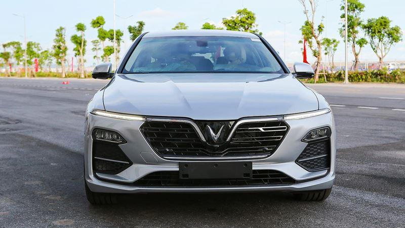 Chi tiết xe sedan VinFast LUX A2.0 phiên bản tiêu chuẩn - Ảnh 2