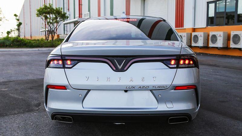 Chi tiết xe sedan VinFast LUX A2.0 phiên bản tiêu chuẩn - Ảnh 3