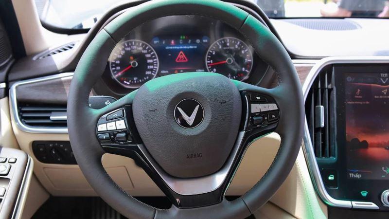 Chi tiết xe sedan VinFast LUX A2.0 phiên bản tiêu chuẩn - Ảnh 6